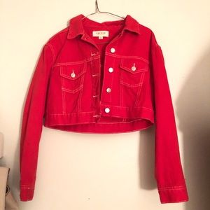 NWOT red cropped denim jacket❤️